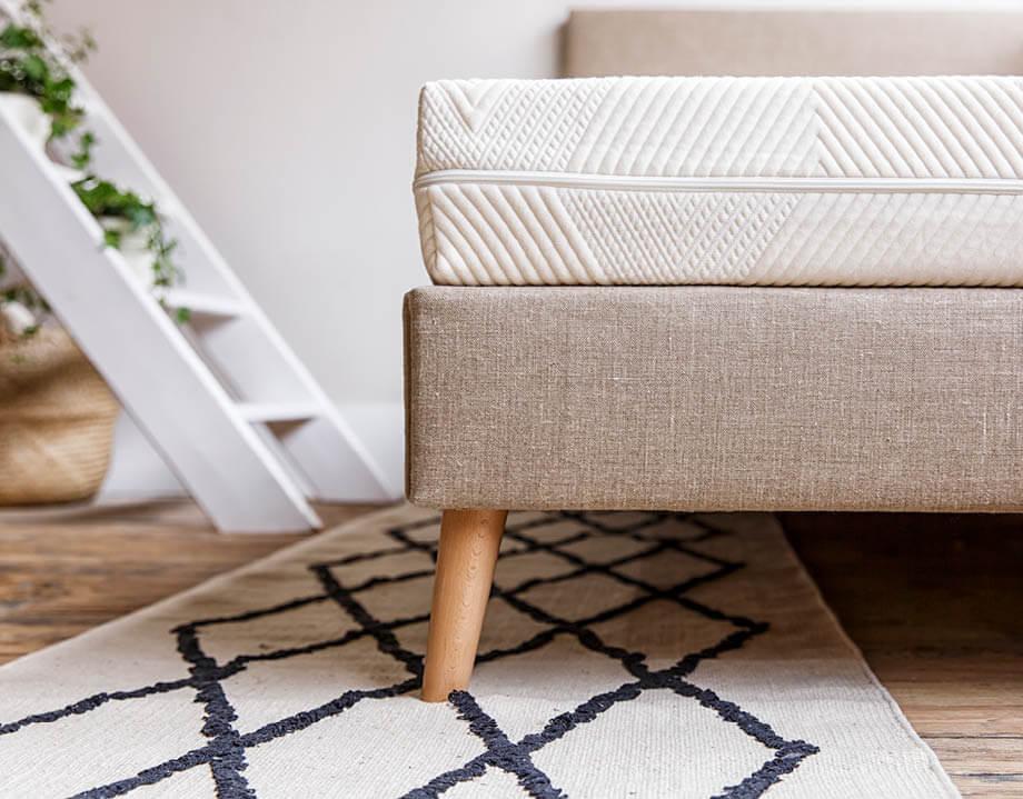 Angle du matelas enfant Kipli sur sommier tapissier